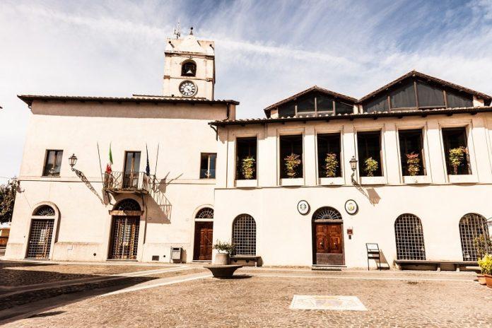 Il palazzo comunale di Montalto di Castro
